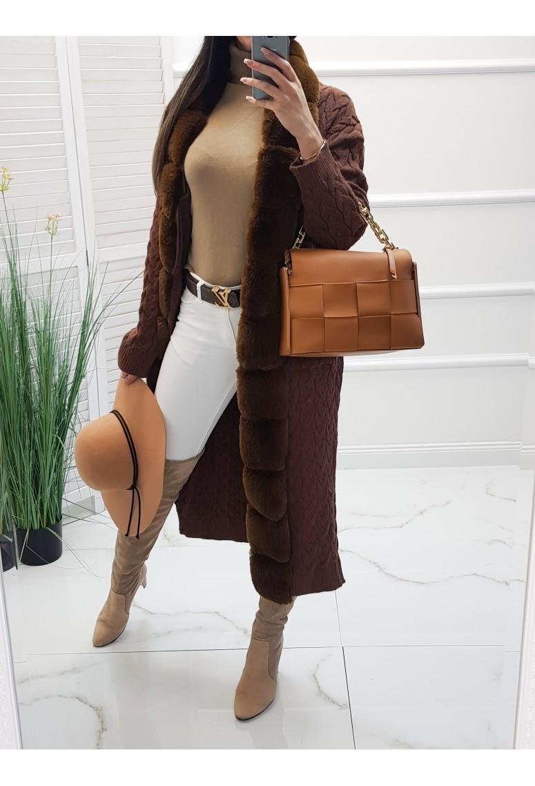 Hrubý luxusný sveter s kožušinou - dark brown